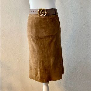 🎉HP 🎊 Gucci Classic Suede Deep Camel/Brown Skirt
